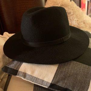 Woman's black wool hat